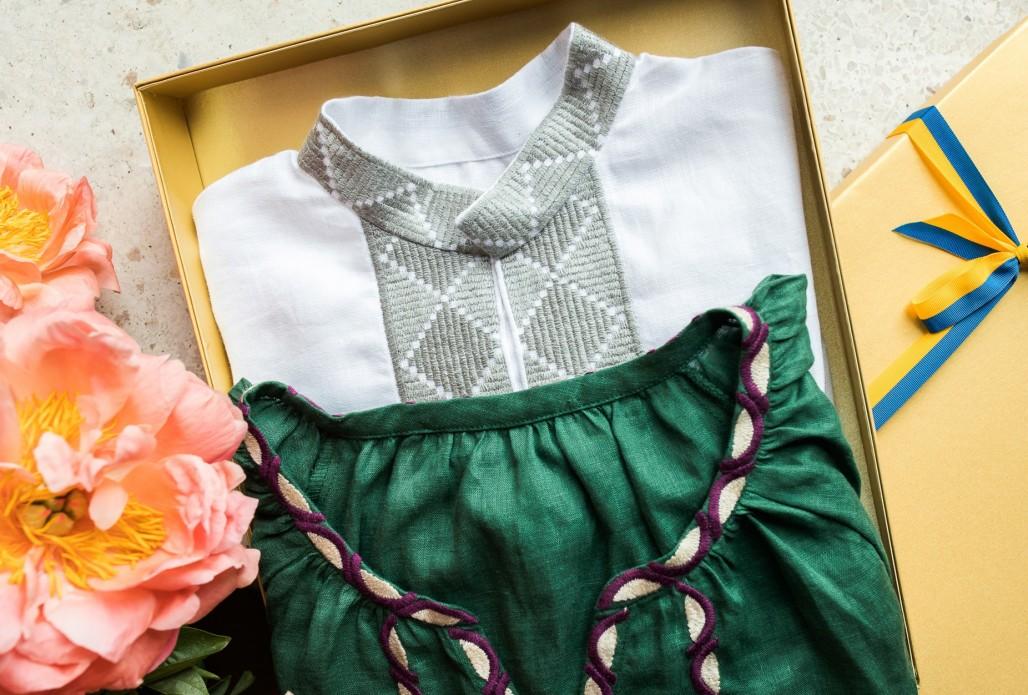 До Всесвітнього дня вишиванки подружжя Зеленських подарувало вишиті сорочки лідерам світових держав