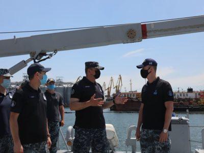 У Практичній гавані командувач ВМС ЗС України проінспектував кораблі та військові частини