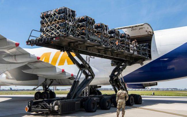 У США підготували до відправки військову допомогу Україні