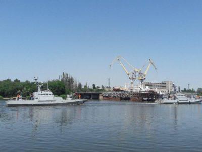 Артилерійські катери «Аккерман» та «Бердянськ» зайшли на ремонт до Миколаївського суднобудівного заводу