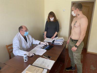 Призов 2020: у військкоматах занепокоєні здоров'ям молоді та очікують від парламентарів збільшення штрафів за ухилення від призову