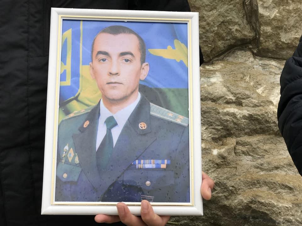 Шість років тому загинув Герой України полковник Тарас Сенюк