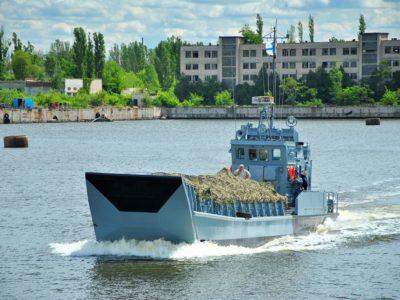 Десантний катер «Сватове» після капремонту вийшов на службу