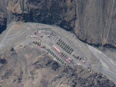 Китай почав нарощувати свою присутність біля кордону з Індією