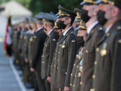 203 офіцери-зв'язківці поповнили армійські лави