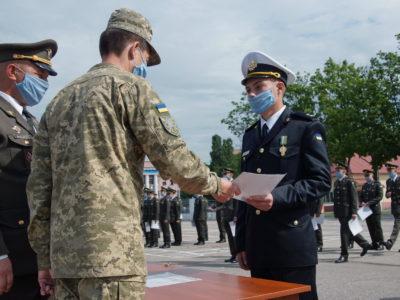 У Харкові відбувся випуск молодих офіцерів – танкістів