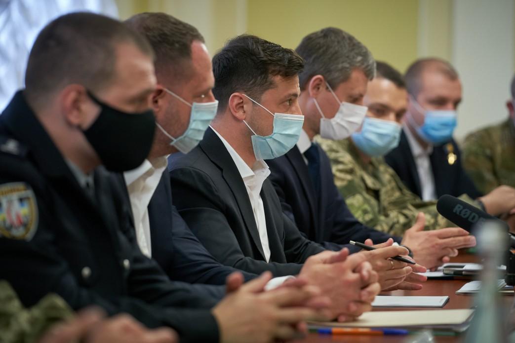 Президент виступає за розробку загальнонаціонального плану з подолання проблем ветеранів та сімей загиблих військових