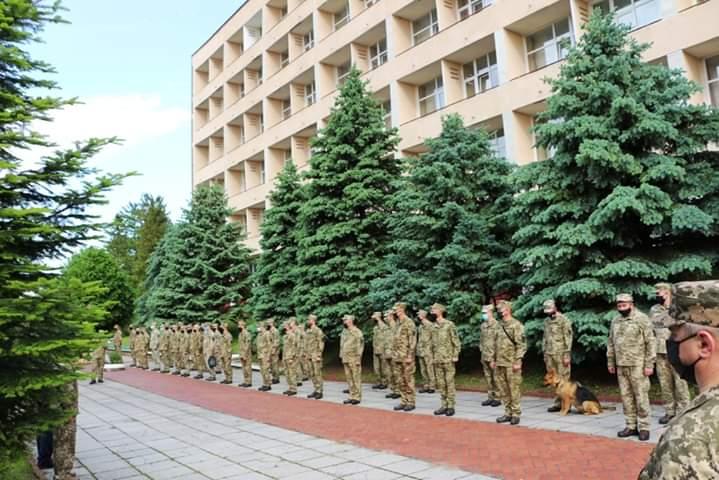 Після обсервації у військовому санаторії українські миротворці відбули до Косова