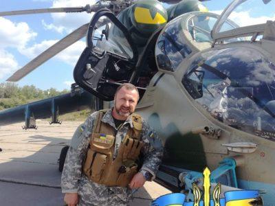 Після втрати брата «махнув крилом» над батьківською хатою та полетів на Донбас за двох воювати