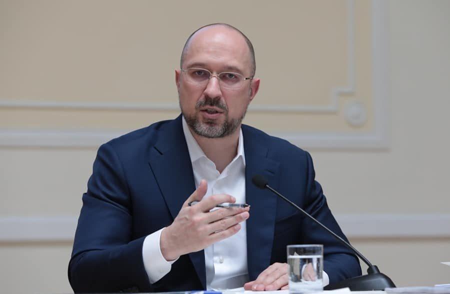 Прем'єр-міністр доручив перевірити умови зберігання аміачної селітри в Україні