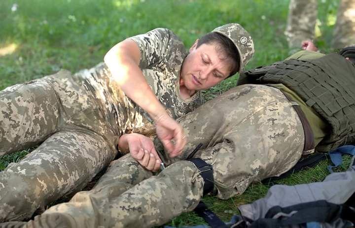 У 44-й артилерійській бригаді завершилися заняття з тактичної медицини
