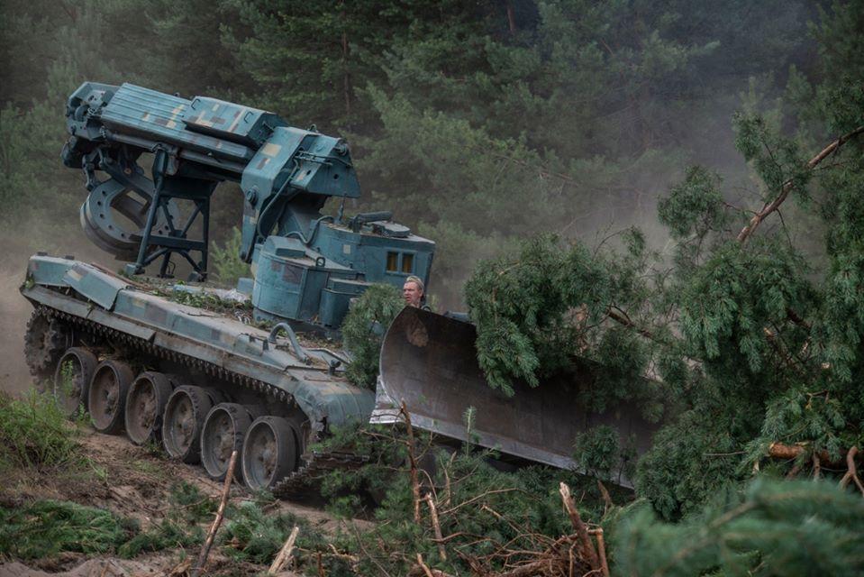 Військовослужбовці Об'єднаних сил надали допомогу в локалізації пожежі на Луганщині