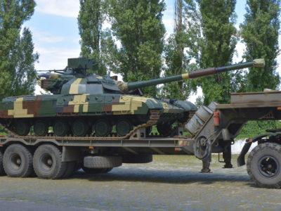 Модернізовані танки «Булат» передано ЗСУ, – «Укроборонпром»