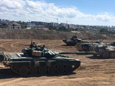 «Армія-2020» у Криму, або Танки на пляжі