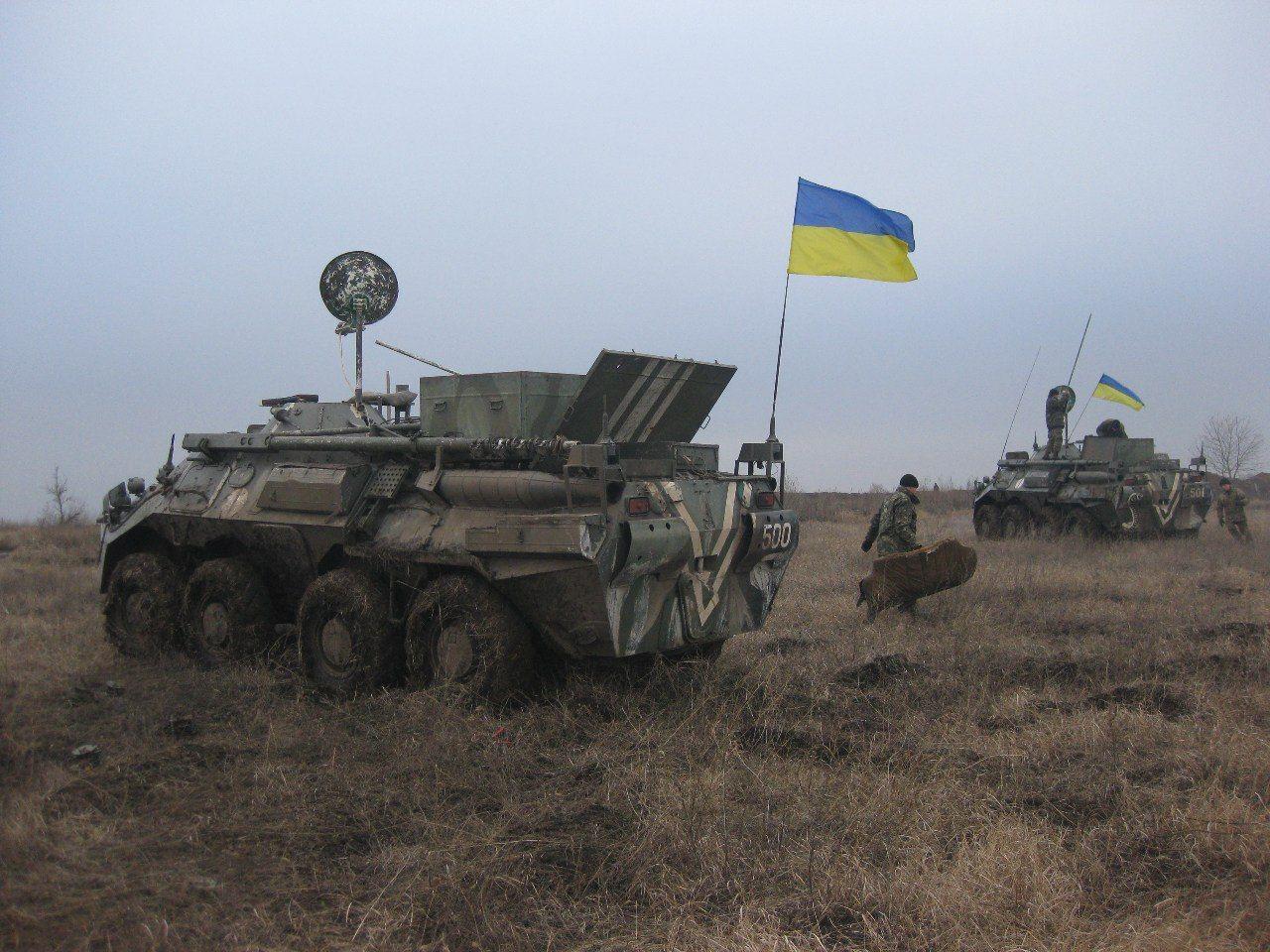 Доба в ООС: унаслідок ворожого пострілу один український захисник зазнав акубаротравми