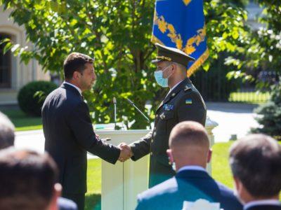Президент вручив нагороди видатним українцям та дипломатам: Дякуємо за те, що ви є