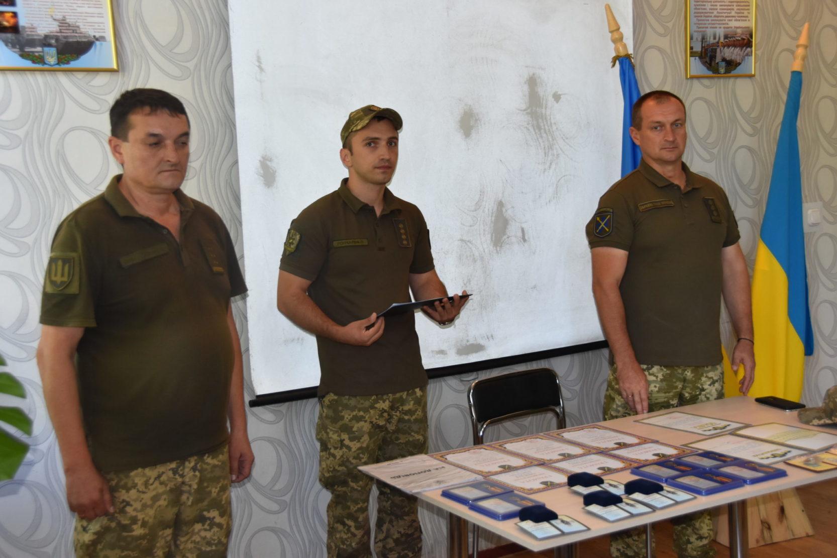 У Сєвєродонецьку військові медики отримали нагороди за врятовані життя і здоров'я воїнів