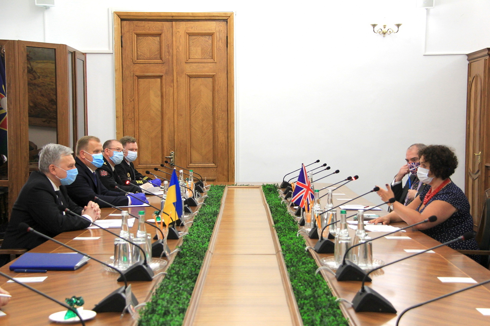 Відбулась зустріч Міністра оборони України з Надзвичайним і Повноважним Послом Великої Британії в Україні