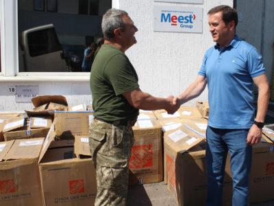 Чергова партія допомоги від американської гілки групи компанії Meest бійцям на передовій