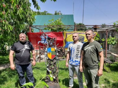На знаменитій Горі Хрестів у Литві встановлять пам'ятний хрест-посвяту українським захисникам