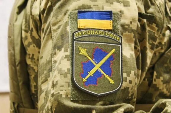 В районі проведення ООС один військовослужбовець загинув, ще один воїн – отримав осколкові поранення внаслідок обстрілів позицій