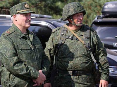 Вперше за 25 років: президент Білорусі привів армію у повну бойову готовність