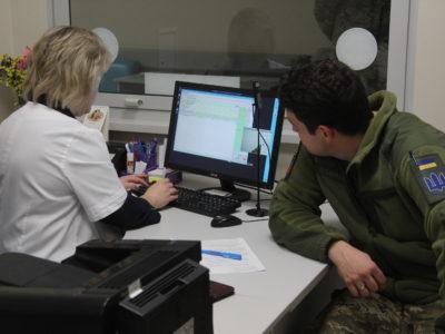 ВЛК для прийняття на військову службу за контрактом: що треба знати, якщо вам «35 плюс»