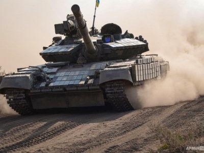 Танковий батальйон здійснив марш і знищив противника у визначеному районі