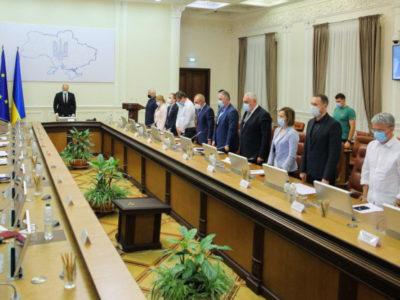 Уряд ухвалив низку рішень щодо розслідування трагедії Ан-26 та надання допомоги близьким загиблих