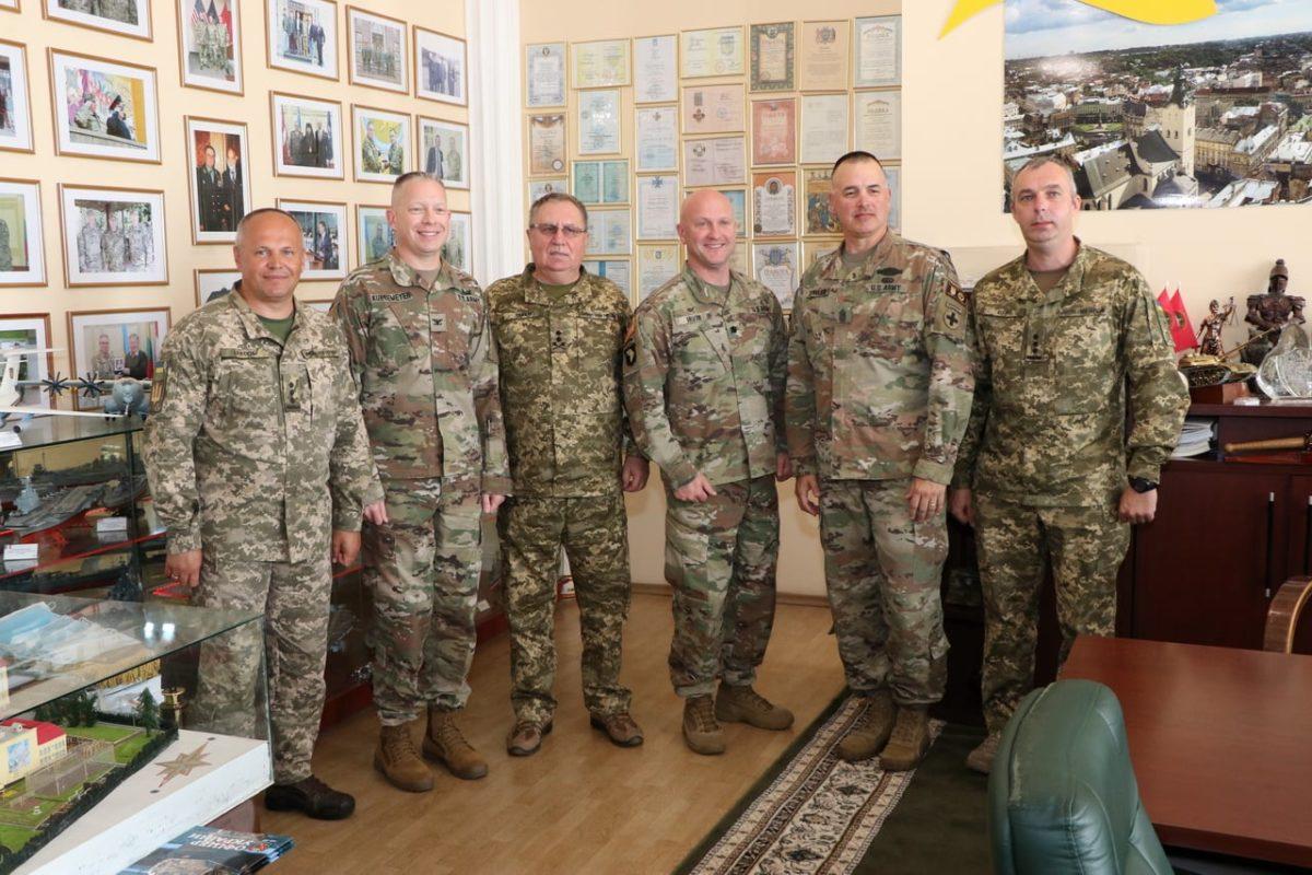 У Національній академії сухопутних військ розпочалися «Курси капітанів»