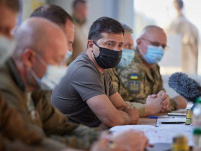 Розведення сил та нові пункти пропуску: Володимир Зеленський провів нараду на Донеччині