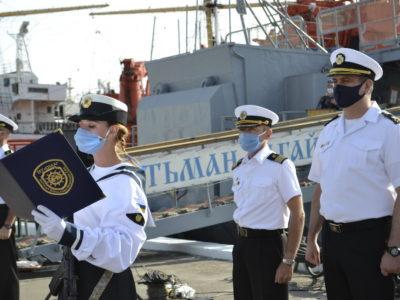 Курсанти-моряки склали Військову присягу безпосередньо біля бойових кораблів і катерів