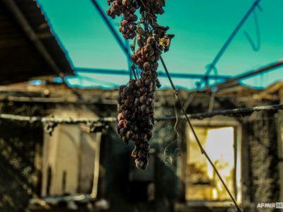 Репортаж із пекла. Вогняна стихія «забрала» декілька осель мешканців Лобачевого на Луганщині