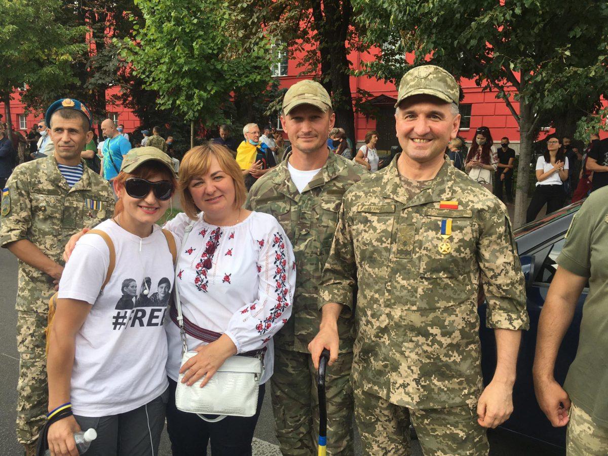 Дзвінок від сина другокласника татові на передову: «…Тату, ми із чотирма друзями створили самооборону і приїдемо тобі на допомогу захищати Україну»