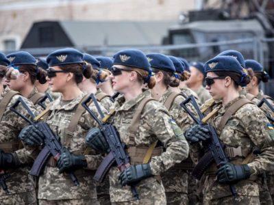 Військовослужбовець у декреті: якщо перебуває в розпорядженні, чергове звання присвоюються лише після призначення на посаду