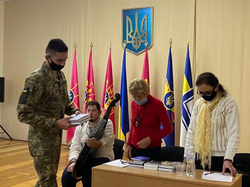 Визначено переможців літературного конкурсу «Свою Україну любіть» серед військовослужбовців ЗС України та волонтерів