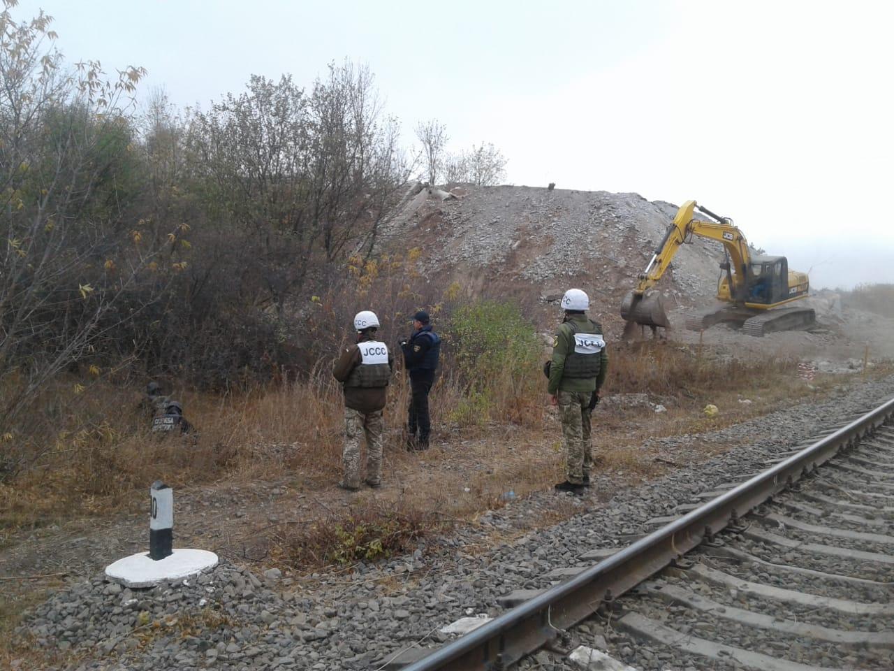 На Донеччині тривають роботи з контролю екологічної ситуації та відновлення інфраструктури