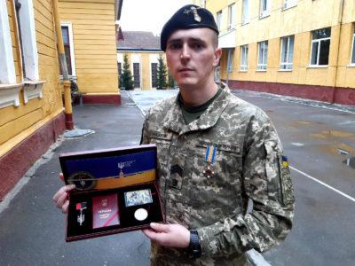 За тиждень боїв танкіст Макаров дістав поранення, чотири осколки та неодноразово був близький до смерті