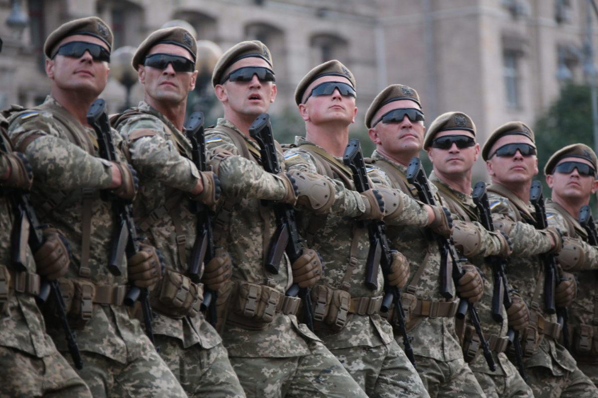 В Україні вступив у дію новий перелік військових звань рядового, сержантського і старшинського складу