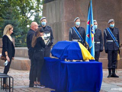 Миколаївщина попрощалась із загиблими земляками-курсантами