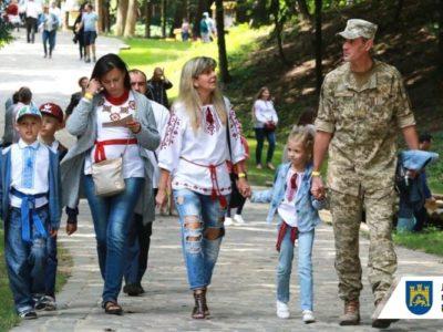 Допомогу в розмірі 100 000 гривень у Львові надали вже 3549 воїнам АТО/ООС