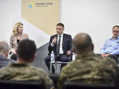 Як поліпшити діяльність державних підприємств МО України?