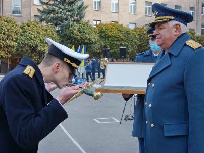 У Харкові відбувся випуск лейтенантів льотного факультету