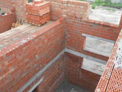 Понад 6 мільйонів гривень заплатить підприємство за недобудовані казарми для військових