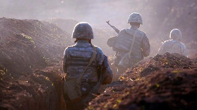 Азербайджан і Вірменія домовились про нове перемир'я у Нагірному Карабаху