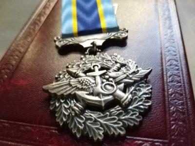 Президент нагородив медалями 27 військових екіпажу Ан-26Ш. 26 з них – посмертно