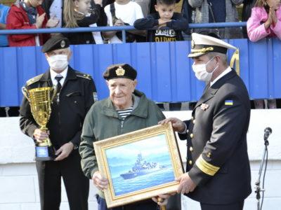 Морський піхотинець Іван Кулібаба відзначає 100-річний ювілей