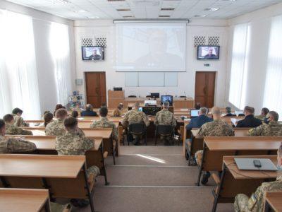 «Ми зазнали травми на чотири покоління…» – на Харківщині обговорили інформаційну агресію Росії проти України