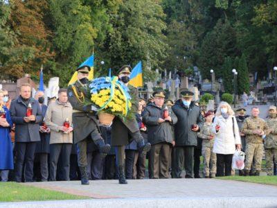 У Львівському гарнізоні вшанували пам'ять Героїв Небесної Сотні й АТО/ООС