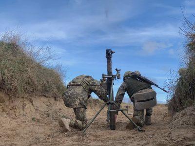 Майбутні офіцери-артилеристи виконують практичні вогневі завдання